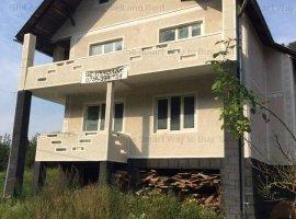 Vand casa Valea Stejarului