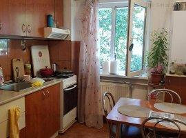 Vand apartament 4 camere decomandat Gheorgheni, str Padis