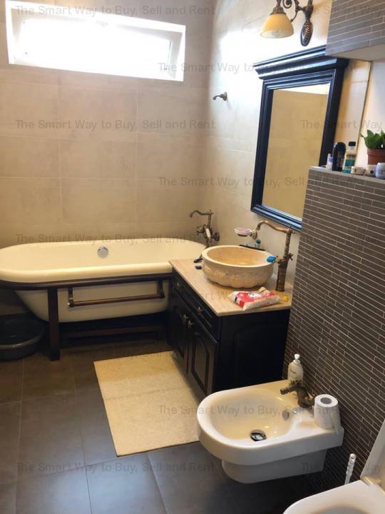 Vand apartament 4 camere deosebit, Manastur