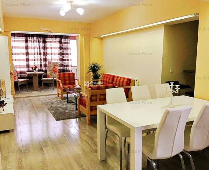 Centru, 4 camere renovat, mobilat si utilat premium, 3 bai
