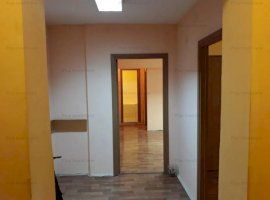 Apartament 3 camere, decomandat, in zona 13 Septembrie, Marriot, NEMOBILAT