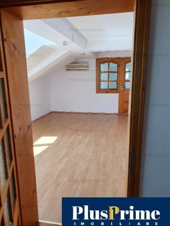 Vila de 12 camere pretabila orice activitate: Gradinita, after-school