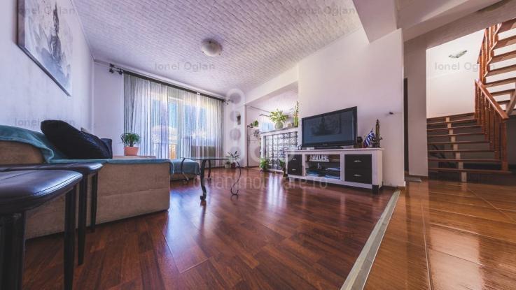 COMISION 0% Apartament 5 cam Decomandat, la Vila, 2 bai, Turnisor