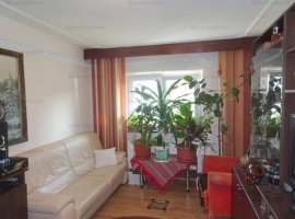 Vanzare apartament 3 camere, 2 balcoane, decomandat, zona Mihai Bravu