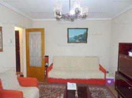 Vanzare apartament 2 camere, decomandat, zona Bulevardul Republicii