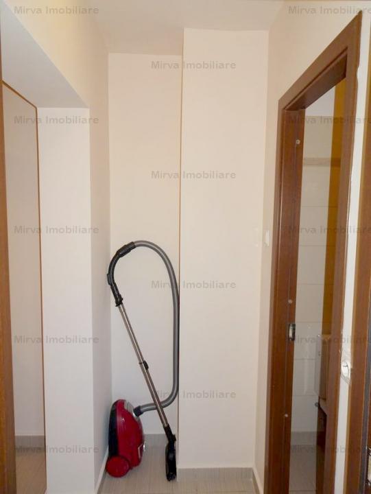 Apartament 2 camere, decomandat, zona Piata Mihai Viteazul