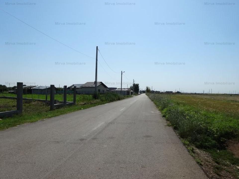 Teren intravilan, 4151 mp parcelabil, in Strejnicu