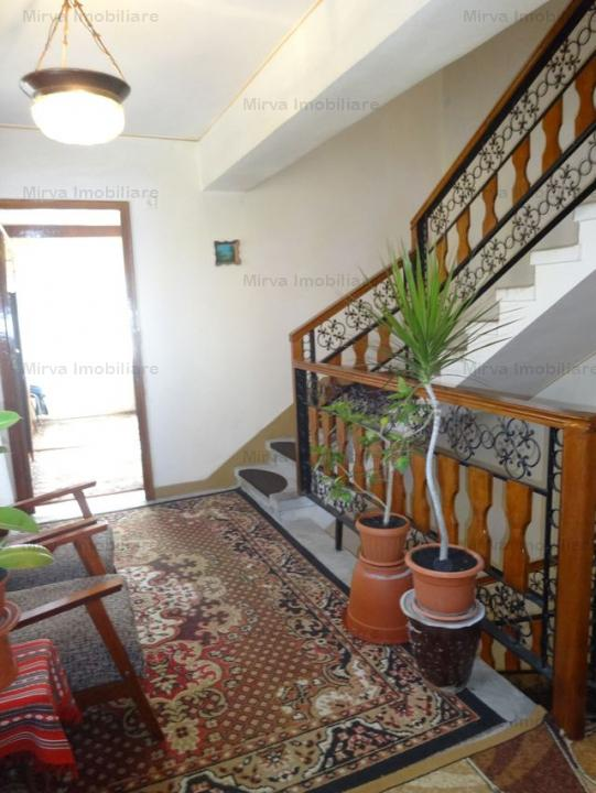 Vila 5 camere, in duplex, zona Mihai Bravu, COMISION ZERO