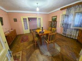 Vanzare casa 3 camere, teren 600 mp, in Baicoi