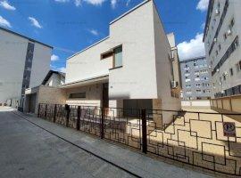 Vila superba, 4 camere, construita in stil mediteranean