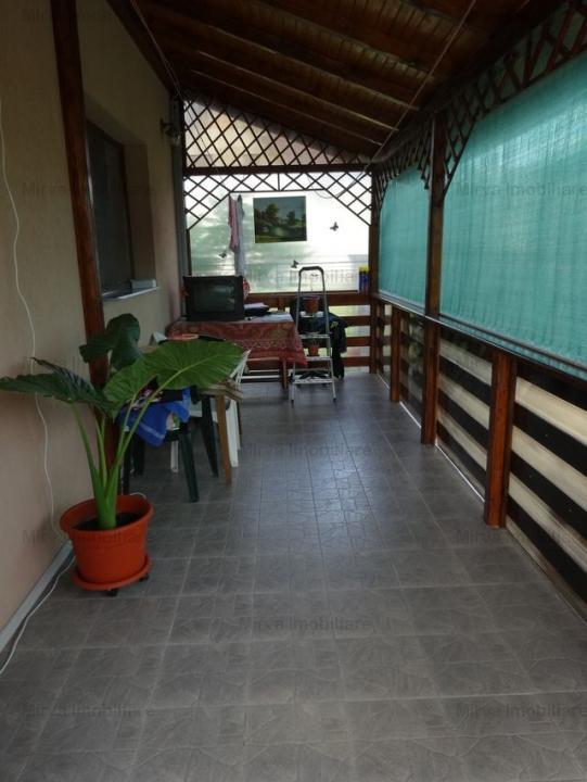 Vila 7 camere, in Lipanesti