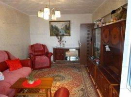 Vanzare apartament 2 camere, decomandat, zona Republicii