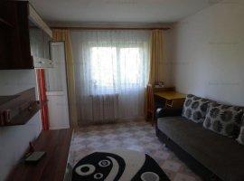 Vanzare apartament 2 camere decomandat, mobilat si utilat, zona Democratiei