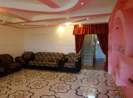 Vanzare vila 7 camere, zona Hipodrom