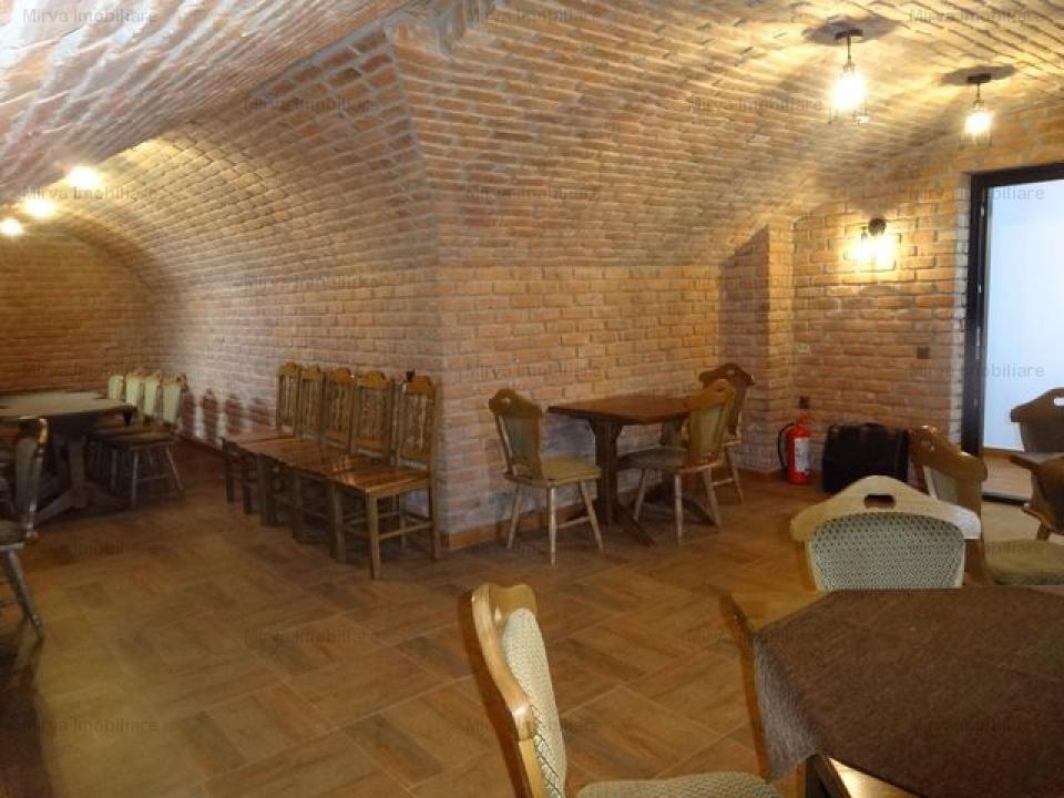 Vanzare conac, 24 camere, in Maneciu-Ungureni