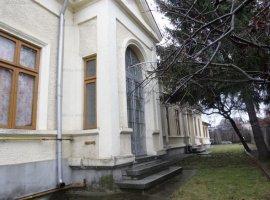 Casa 4 camere, arhitectura deosebita, zona Mihai Bravu
