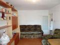 Vanzare apartament 3 camere,decomandat, zona 9 Mai