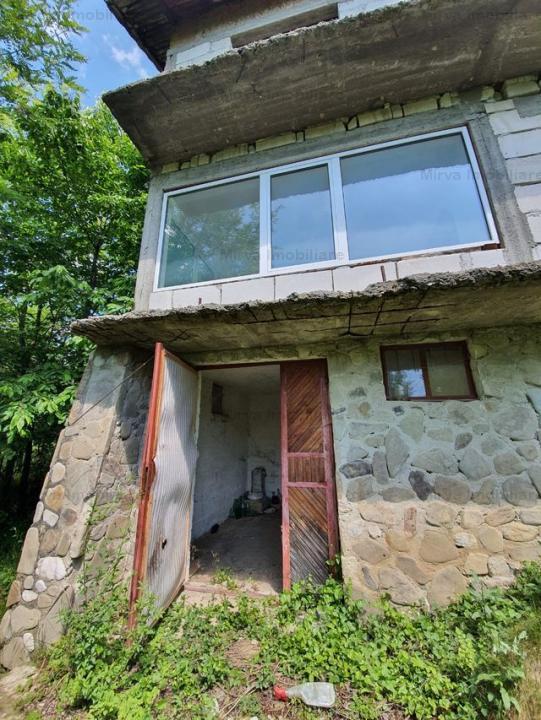 Vanzare vila 6 camere, zona superba, in Drajna de Jos