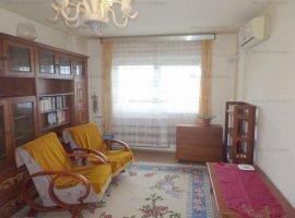 Apartament 3 camere, 2 bai, decomandat, zona Ultracentral