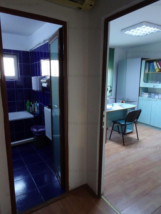 Apartament 3 camere, modificat cabinet medical, zona Marasesti