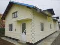Vanzare casa cu 3 camere , in Manesti