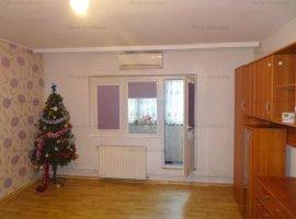 Vanzare apartament 2 camere, cu balcon si gradina, zona Marasesti