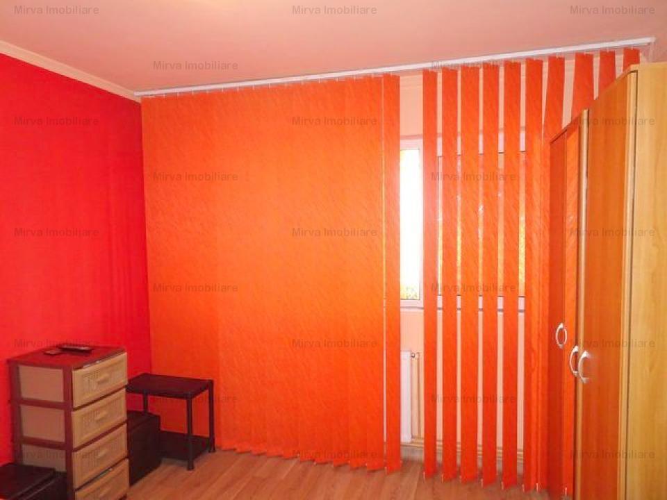 Vanzare apartament 3 camere, decomandat, zona Mihai Bravu