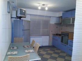 Vanzare apartament 3 camere, decomandat Nerva Traian