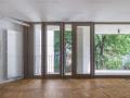 Apartament cu gradina proprie si terasa (100mp), in inima Micului Paris!