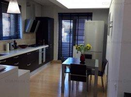 Apartament CU PERSONALITATE de vanzare, 3 CAMERE, in zona Aviatiei