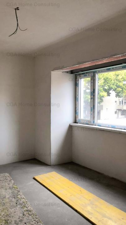 Apartament 3 camere de vanzare zona Banu Manta