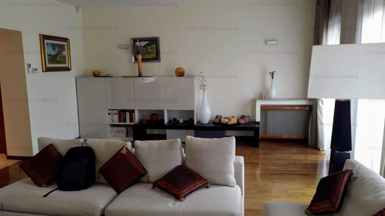 Apartament Lux de vanzare, 3 camere, 150 mp utili, zona Charles de Gaulle