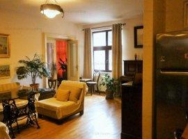 Apartament ROMANTIC de vanzare 2 camere + birou separat, zona Piata Romana