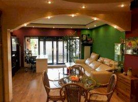 Vila TOWN-HOUSE cu 5 camere de vanzare in zona Tei