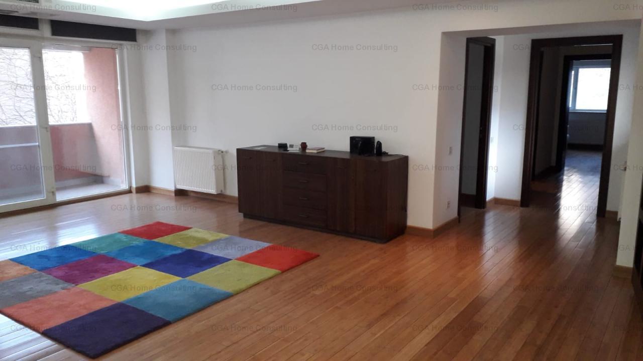 Apartament 3 camere de vanzare, suprafata utila 163.77 mp,  zona Dacia