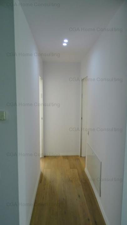 De vanzare apartament 3 camere, LUX