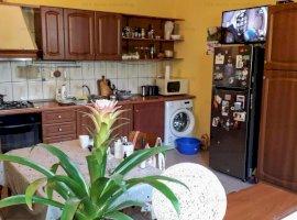 Casa family de vanzare 4 camere zona Delea Veche