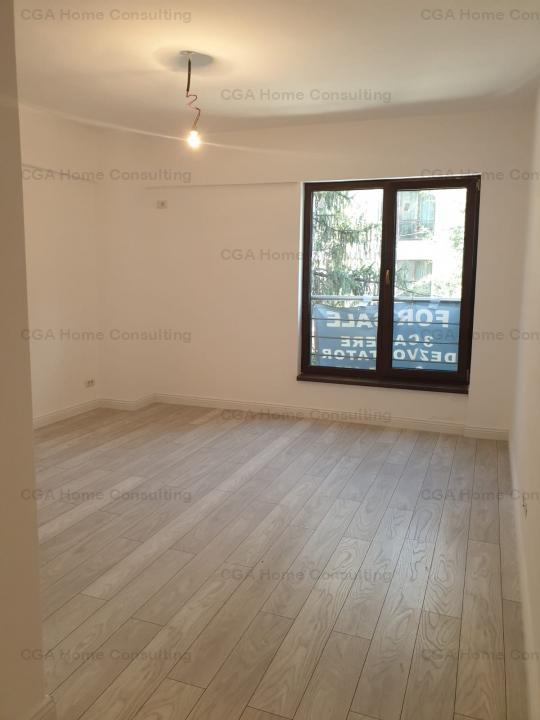 Apartament 3 camere de vanzare, Aviatiei, parcare subterana, comision 0%