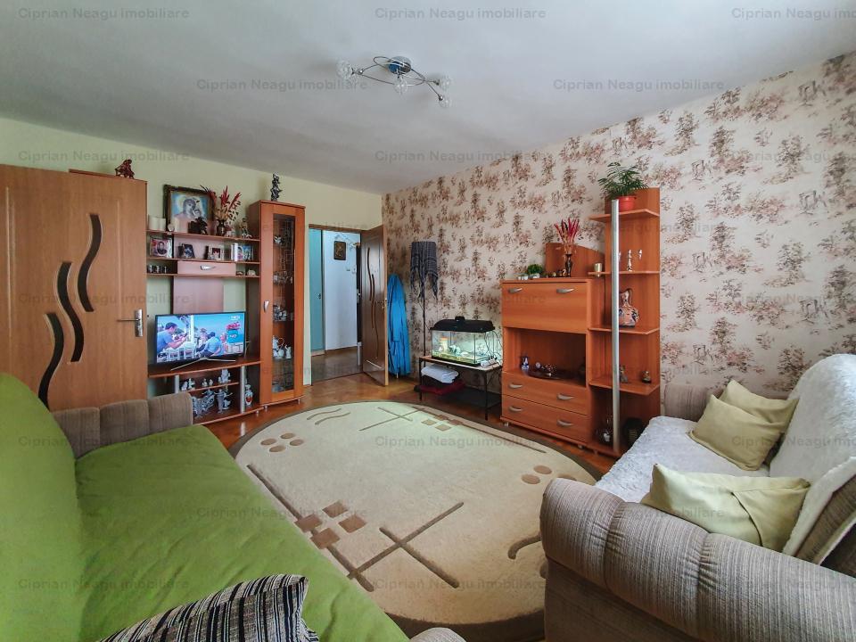 Apartament 3 camere Trivale