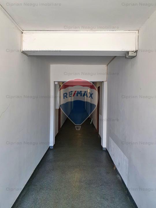 Spatiu Birouri Comercial Cazare Muncitori Pitesti