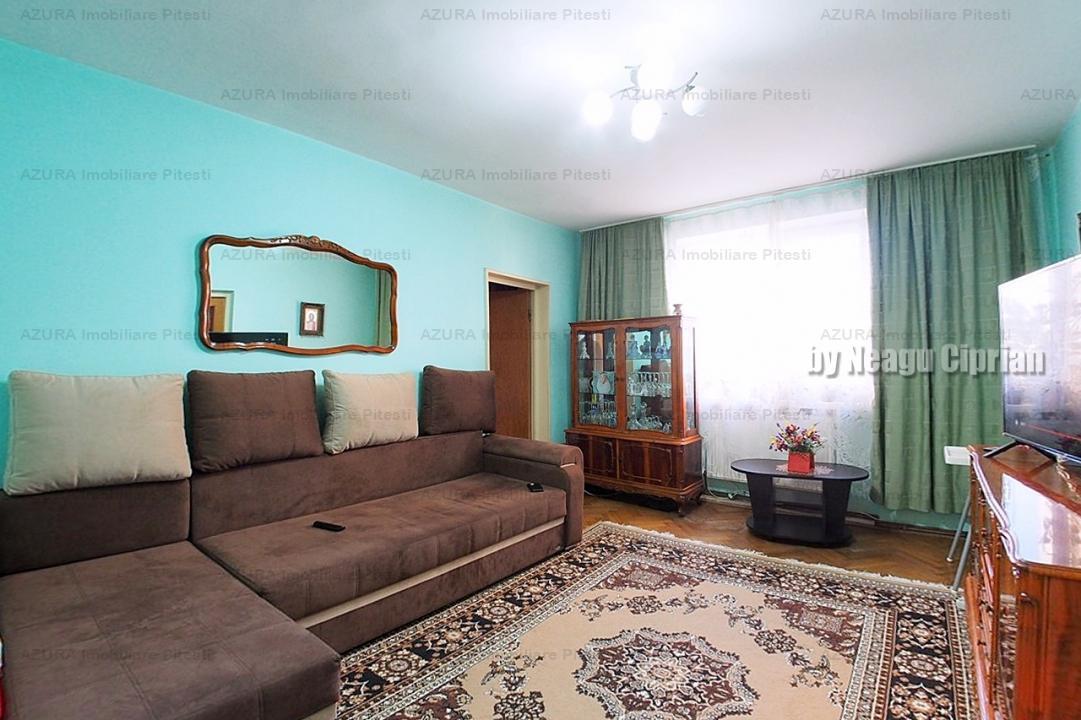 De vânzare apartament 4 camere Craiovei!