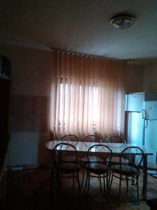 Inchiriere Vila 12 camere, Pitesti, zona Nord