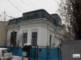 Vila Interbelica  Calea Calarasilor - 6 camere