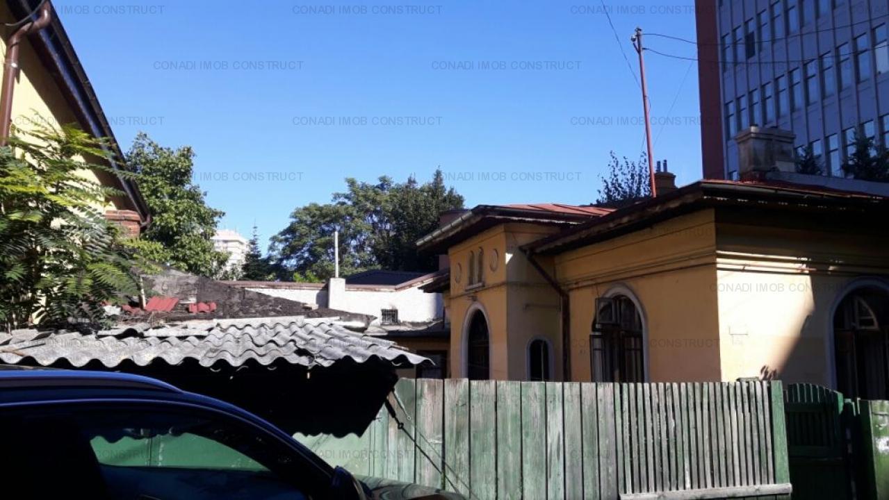 Casa demolabila/teren Vatra Luminoasa