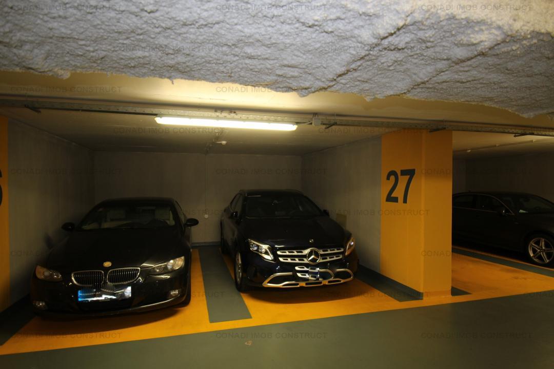 Spre vanzare Apartament cu 3 camere + parcare subterana in zona Piata Romana