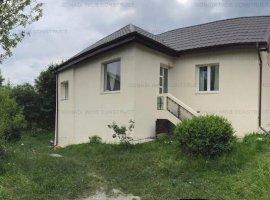 Casa de vacanta in zona Busteni - Poiana Tapului spre vanzare