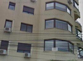 De vanzare apartament 5 camere Arcul de Triumf