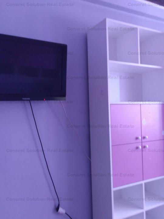 Inchiriez apartament  3 cam Ultracental