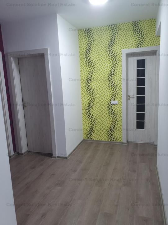 Vand apartament 3 camere zona Centrala