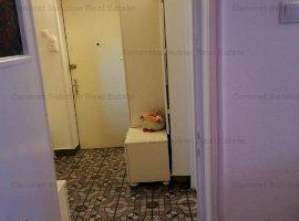 Vand apartament 3 camere Calea Bucuresti